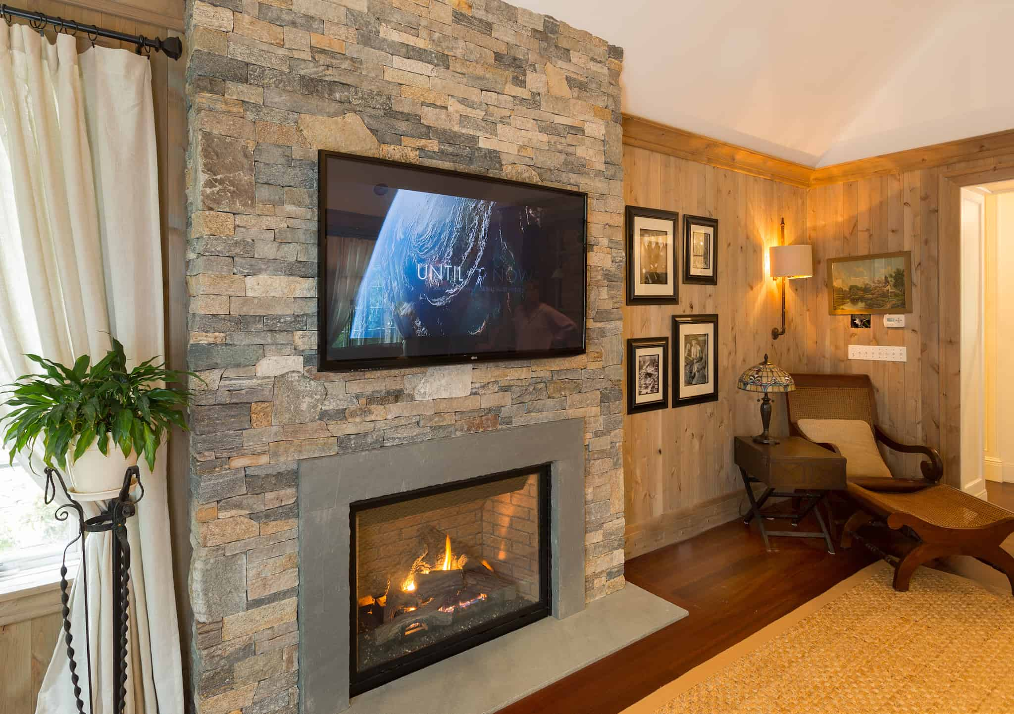 Contemporary And Modern Fireplace Stone Examples